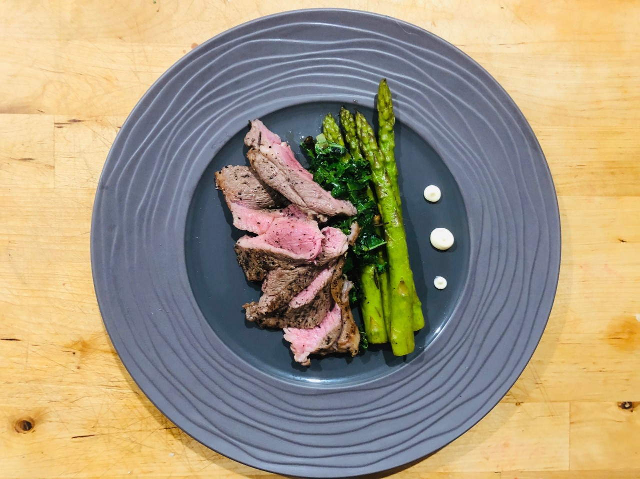 Pan Seared Lamb with Grilled Asparagus